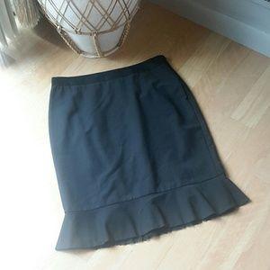 ANN TAYLOR | Gorgeous Ruffle Pencil Skirt